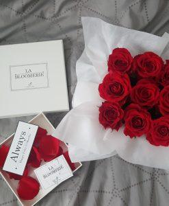 9 Petite Red Roses